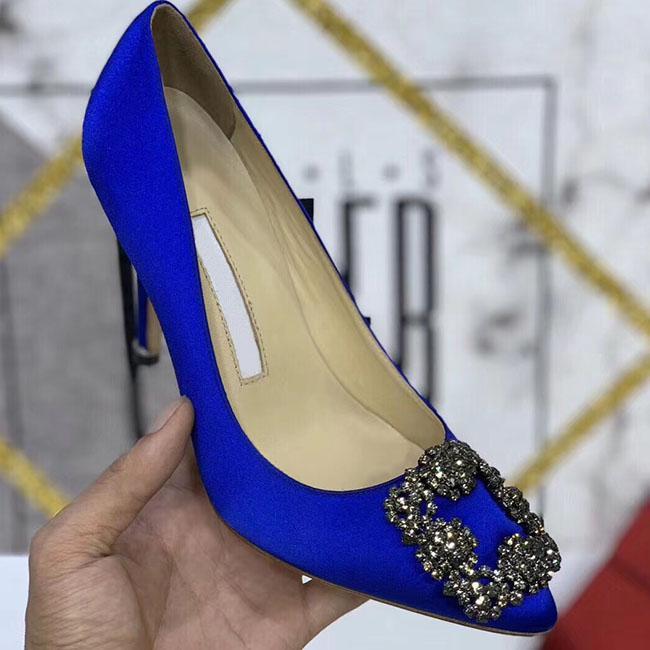 Designer Partido de alta qualidade sapatos de casamento da noiva Mulheres senhoras Sandálias Moda vestido sexy sapatos de bico fino dos saltos altos de couro Glitter size34