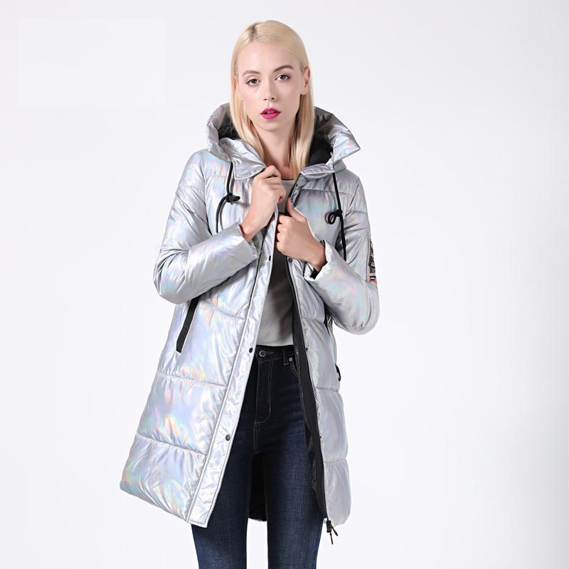 2019 Новых зимняя куртка женщины Silver Голографической Блеск Плюс Размера Длинных женского зимних пальто с капюшоном Толстого пуховик Parka