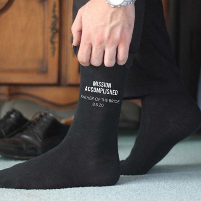 Düğün Siyah Elbise Çorap GroomGroomsmanBestmanFather Parti Harf Erkek Çorap yazdır