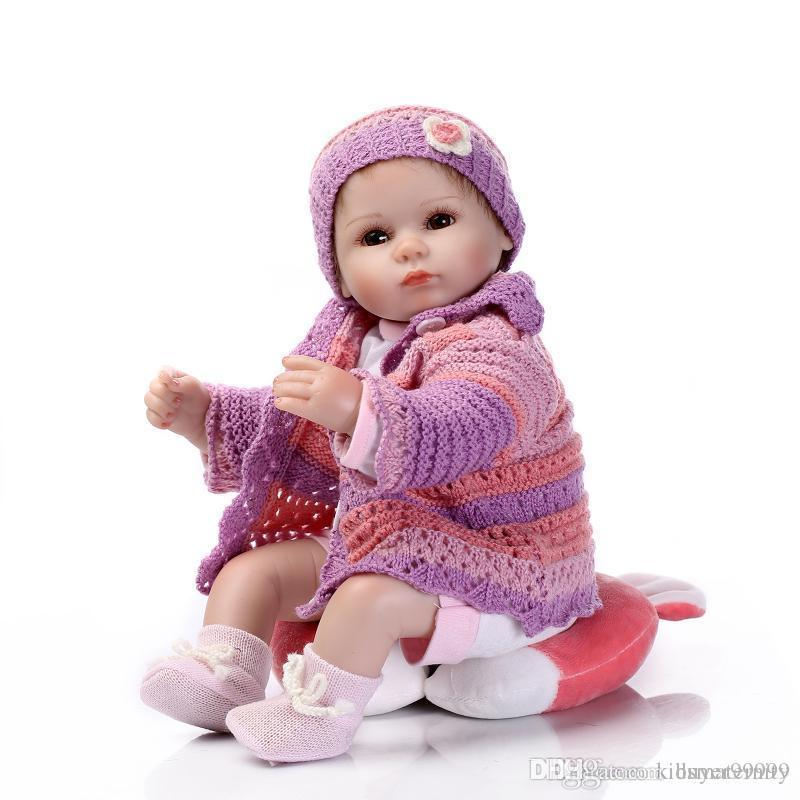 42CM Silicone Reborn Babies Dolls for Girls Toys Lifelike Newborn Baby Bonecas with Pink Clothes Pillow Accessories