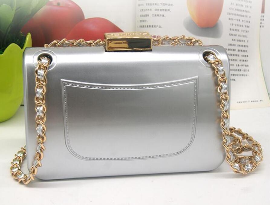 Gut verkaufen Sehr schöne 3 Farbe Handtasche der Frauen Entwerfer-Schulter-Beutel-Art- und Acryl-Parteibeutel mit Logo Mini quadratische Tasche