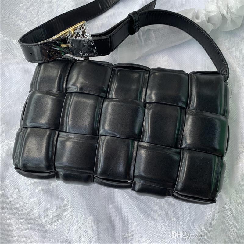 2020 simple, sac à main en cuir éponge de type boîte d'emballage carré avec coussin grille oblique sac à bandoulière tissé pour la taille des femmes
