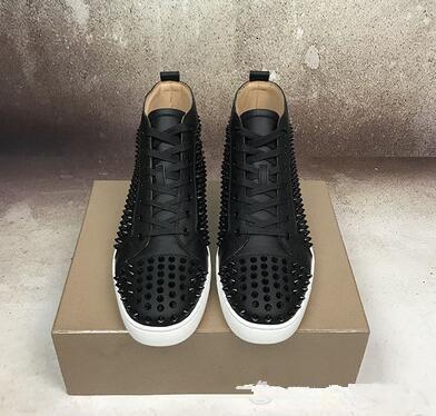 Marques de luxe Spikes en cuir à lacets Sneakers Chaussures, lacets confortable Red Bottom Flats Hommes, Femmes Marche Entraîneur Mode