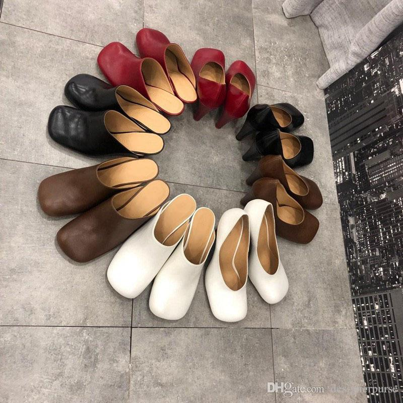 مصمم الشرائح BLOC MULES chanclas de diseñador BLUM PUMPS النساء اللباس أحذية مصمم الأزياء الفاخرة النساء أحذية الكعب صندل