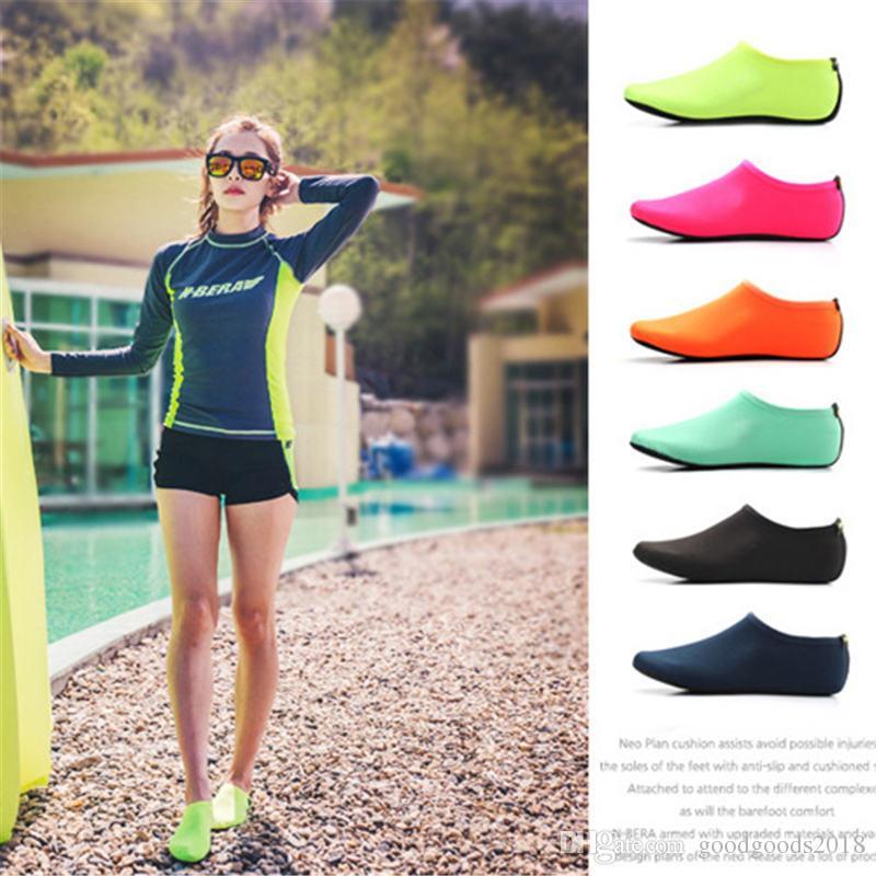 Пляж Водные виды спорта Подводное плавание Носки 5 цветов Плавание Подводное плавание Нескользящая приморская пляжная обувь Дышащие носки для серфинга Sand Play ST335