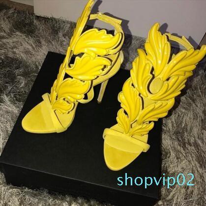 Hot Sale-Ings sandali degli alti talloni donne nuziale in pelle lucida placcato oro alati sandali gladiatore delle donne