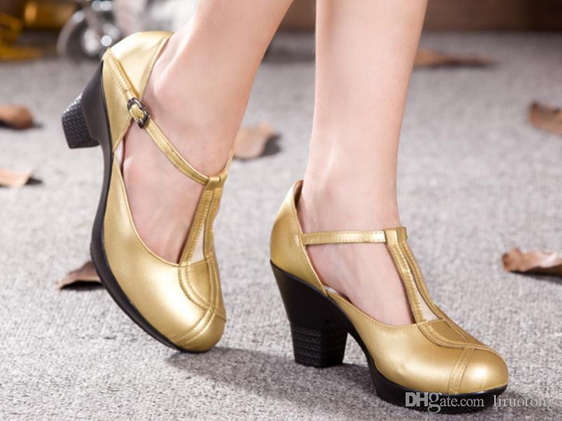 2019 Женской обувь весной и осенью с Новым стилем Высокого каблуком Грубых пятков круглых головы водонепроницаемых таблицы @ LLL0123