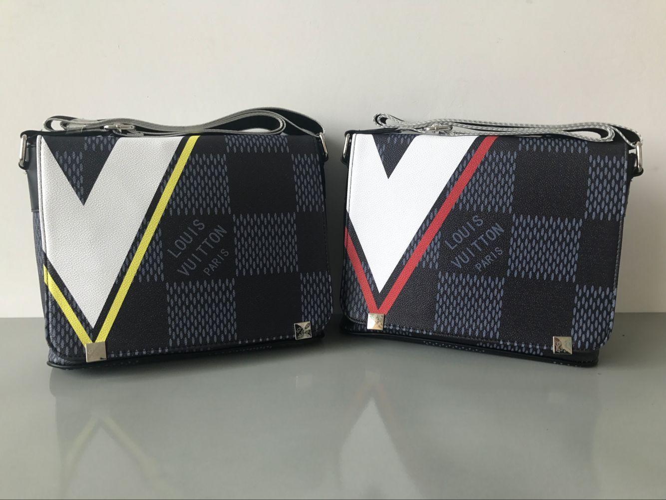 2018 nuevos famosos bolsas de mensajero de los hombres de cuero clásico de la manera cruzada cuerpo bolsa de hombro mochila escolar cartera del bolso 28CM7