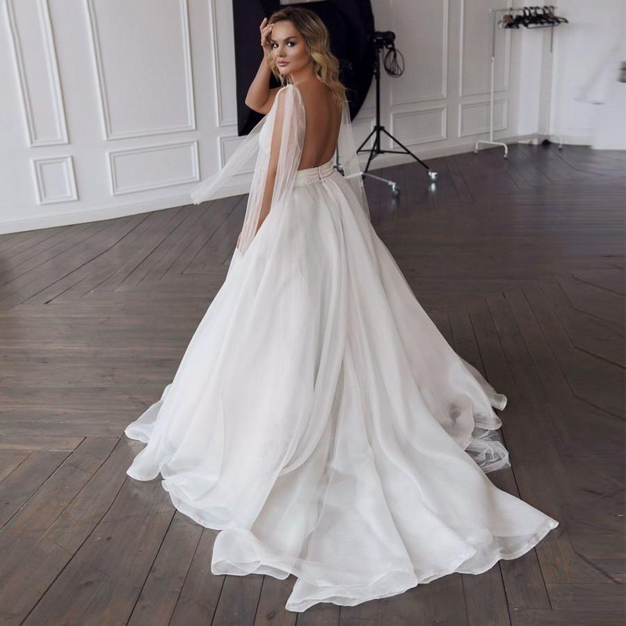 2021 Seksi Stil Backless Gelinlik Kurdele sapanlar Kollu V Yaka Chic Gelinlik A Hattı Kat Uzunluk vestidos de Noiva
