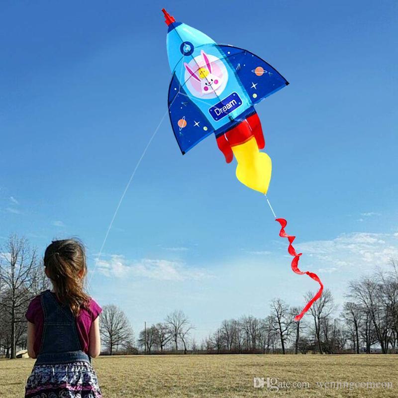 Çocuk Çocuk Açık Oyuncak Beach Park Oynama için yüksek kaliteli Yeni Karikatür Roket Uçurtma Tek Hat Uçurtma 126 * 80cm