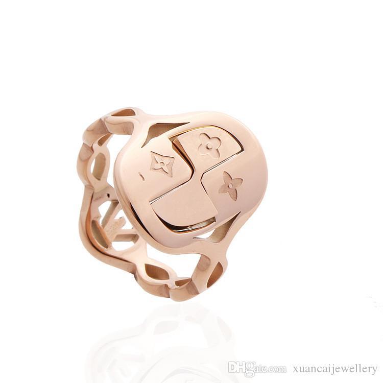Luxus Designer Schmuck Ringe durchbrochene Schrift Ring Herren Schmuck Ketten Edelstahl Frauen Ringe Blumenringe