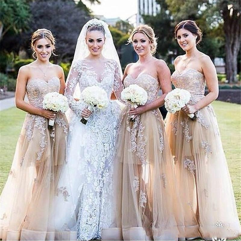 Eleganter Champion Sweetheart Sleeveless Country Lange Brautjungfernkleider mit Spitze Appliqued Custom Made Eher Guest Kleider