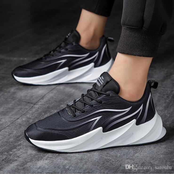 Trendy Designer Running Shoes Fire Blade Red Trainer Jogging Triple Women Men 2020 Runner Sports Sneakers Casual Shoes Stock 35 45 Textile Shoe Sale