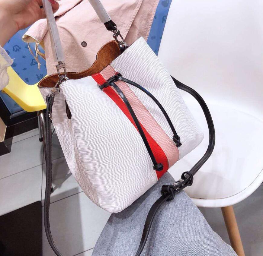 Tasarımcı Lüks Çantalar Cüzdanlar Yeni Moda Kepçe Çanta Bayan Crossbody Çanta Omuz Yüksek Kalite Totes Çanta