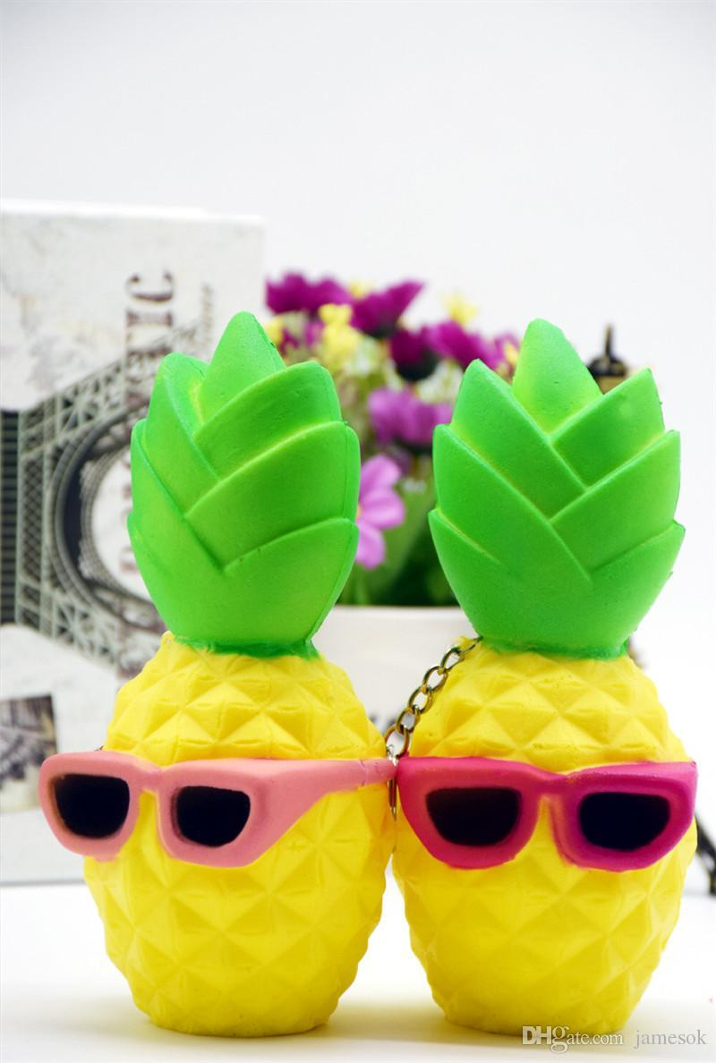 Simulation Pineapple Polyurethane Slow Rebound Play Toy Eco-friendly Stress Relief Soft Squishy Toy TO494
