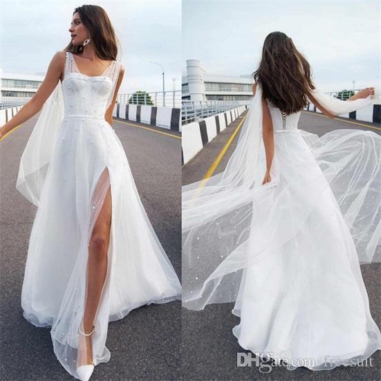 Sexy cuissarde Slits Custom Made Robes de mariée 2020 Une ligne Cowl Backs robe de mariée perles balayage train bretelles Robe de mariée