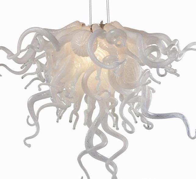 Малые Дешевые люстры Белого цвета и Эдисон лампа Источник свет Популярных Murano Glass Art Люстра для свадебного Centerpieces