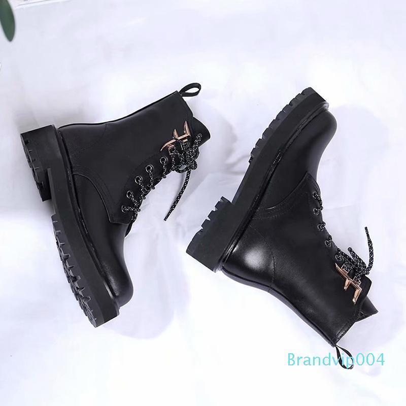 Top-Qualität Martin Stiefel Weiblich 2019 Herbst-Winter-New Wilde Low Heel Stiefel Black British Wind Explosion Modelle Damen-Stiefel