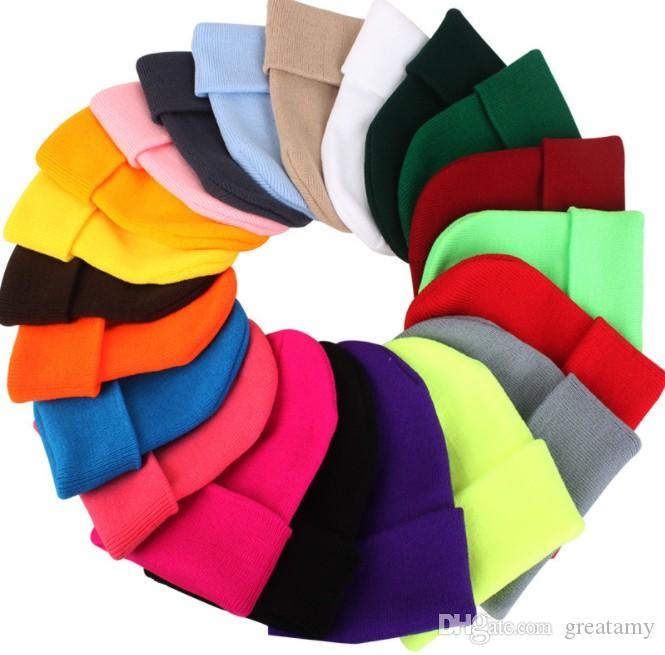 Katı Unisex Beanie Sonbahar Kış Yün Yumuşak Sıcak Örme Şapka Bay Bayan takke Şapkalar Gorro Kayak 23 Renkler takkelerden Caps Karışımları