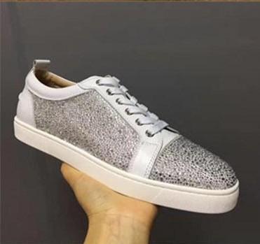 Designer Sneakers Designer Shoes low cut Spikes pattini degli appartamenti inferiori rossi per gli uomini e le scarpe da tennis partito di cuoio Pattini delle donne del progettista 040479