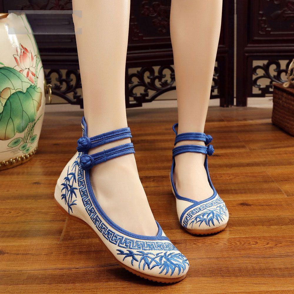 Moda hecha a mano de las mujeres bailarinas zapatos de baile chino bordado de flores suaves zapatos casuales de tela caminando pisos