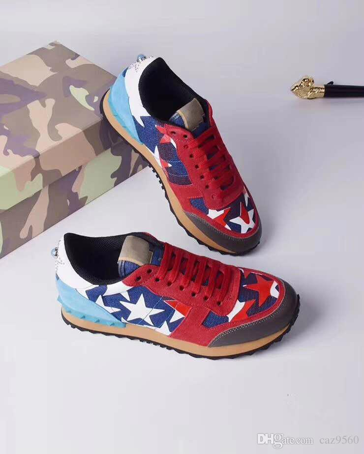 sapatos quentes [caixa original] Moda Stud Camouflage Sapatilhas Calçados Homens Mulheres Flats Luxury Designer Rockrunner Formadores Sapatos casuais