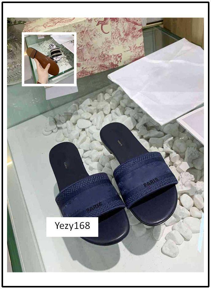 Boîte d'origine NOUVEAU Dazzle été femme plage Fleurs Alphabet Chaussons Designer Chaussures de broderie femme 9