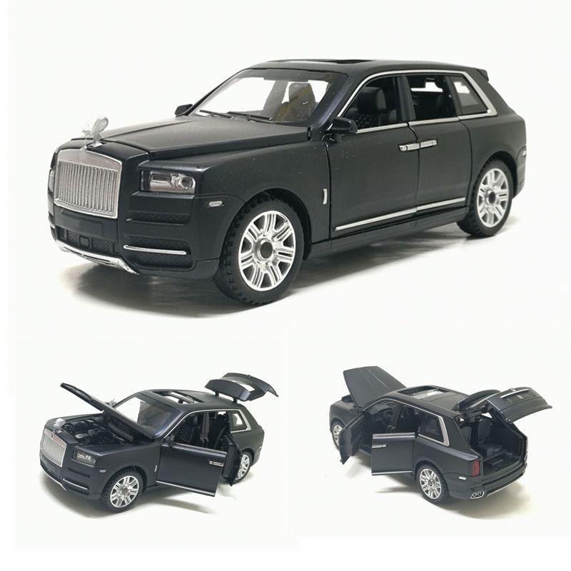 1:32 Масштаб Rolls Royce Куллинан Сплав Diecast металла Модель автомобиля Звук Свет Оттяните SUV 7 Двери могут быть открыты для детей игрушки T200110