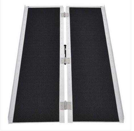 Commerci all'ingrosso liberano il trasporto degli Stati Uniti Stock 6 Ft casa Corridoio lega di alluminio pieghevole rampa con antiscivolo superficie nera