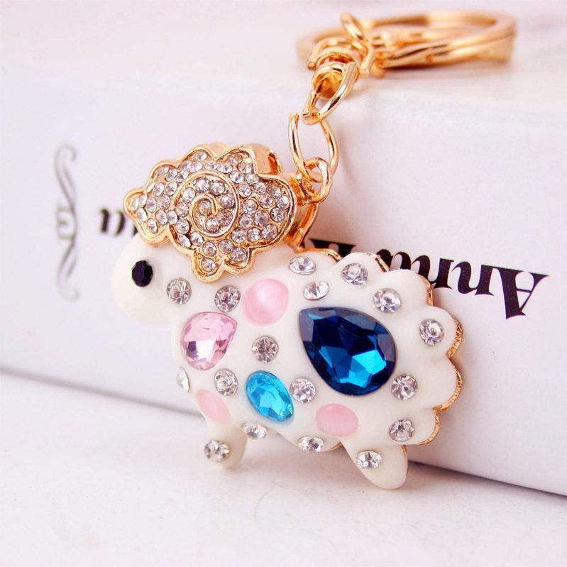 moutons Creative résine cristal de diamant mignon voiture moutons zodiaque pendentif en métal porte-clés petit cadeau