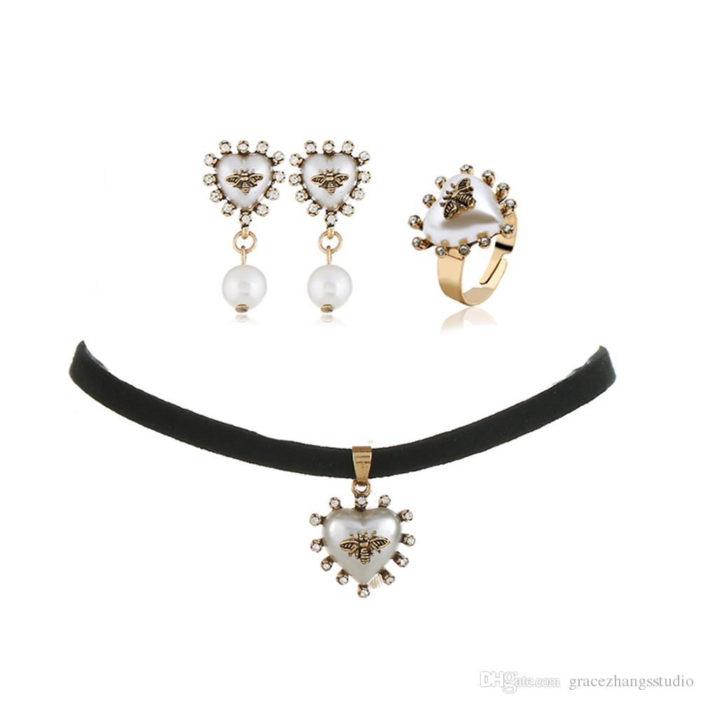diamonds pendant pearls dangle earrings heart ring for women retro luxury bee pearl jewelry set girl bride wedding accessories