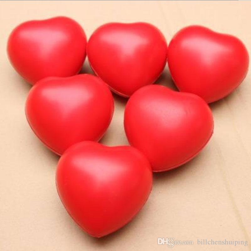 6.8cm Soft PU corazón espuma de espuma de espuma de descompresión juguete novedad bolas de esponja para los amantes de los niños