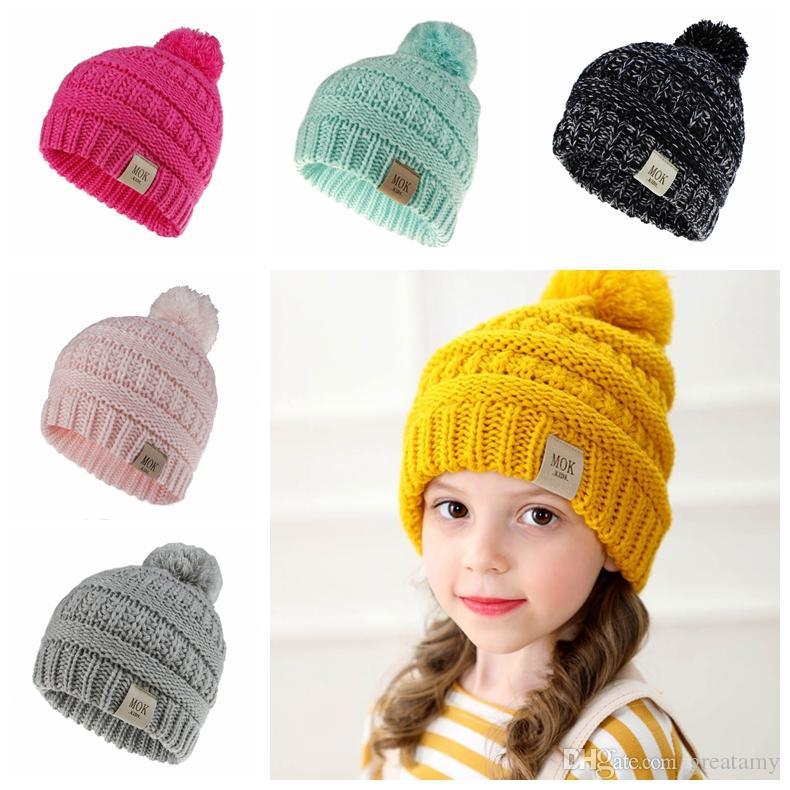 New design Kids beanie hats solid color children knitting crochet pompom hat Mok letters baby girl boy fashion winter warm cap accessories