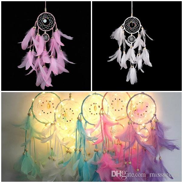 Illuminazione Dream catcher lampada a sospensione LED Feather Crafts Wind Chimes Camera da letto Camera da letto romantica Hanging Decoration Regalo di San Valentino
