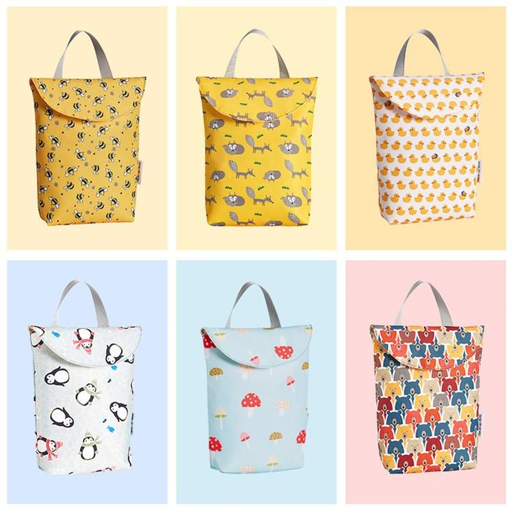 Fish Waterproof Clothes Wet Dry Diaper Bags Reusable Nappy Pouches with 2 Zippered Pockets Printed Storage Organizer Sacks
