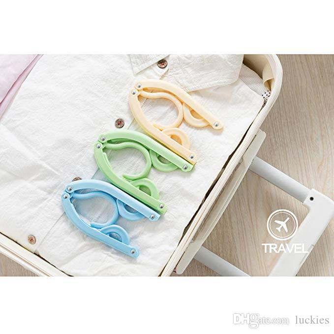 Folding Travel Hangers Collapsing Clothing Hangers Space Saving and Lightweight for Easy Carrying and Storing Plastic Antiskid Hanger