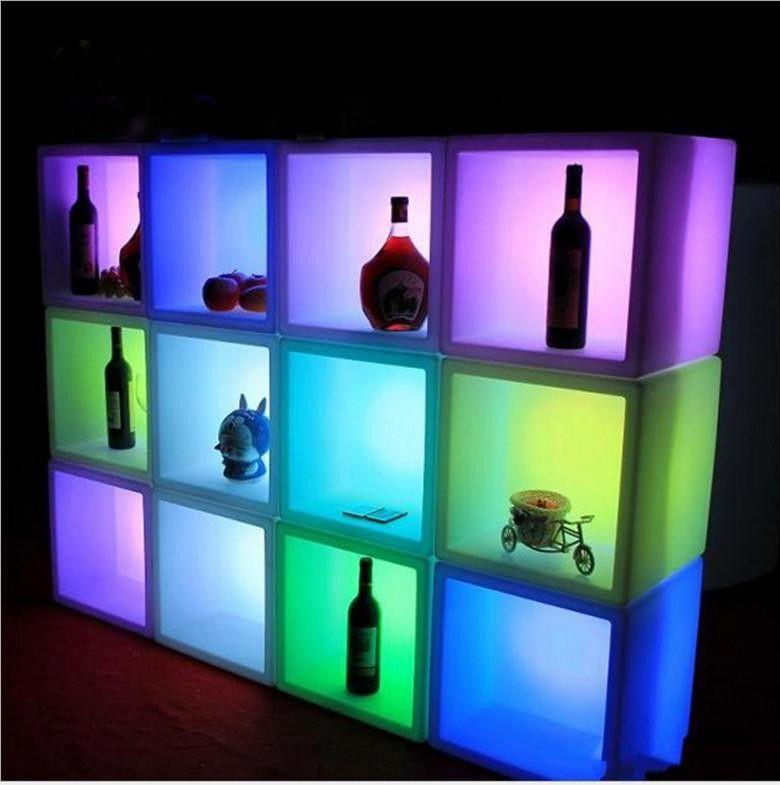 Die heiße Verkauf führte Möbel wasserdichten LED-Anzeige Fall 40CMx40CMx40CM bunt geändert Wiederaufladbare Kabinett-Stab KTV Disco-Partydekorationen