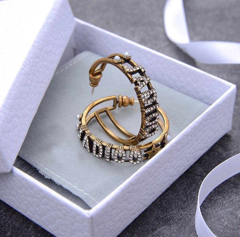 Luxo longa borla New topo Marca Designer Stud brincos Letters CC Ear Stud Brinco Jóias e Acessórios para Mulheres presente de casamento