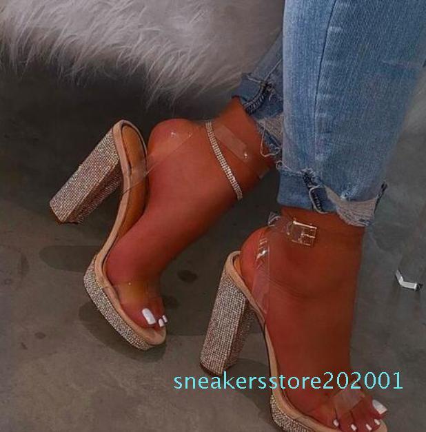 Heiße Verkaufs-Frauen hochhackigen Strass Damenschuhe mit hohen Absätzen Sandalen Süßigkeiten Farbe Strandsandalen im Freien Bankett wilde Pantoffeln s001