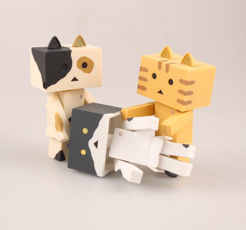 Wolf Q Edition 10 Kitty Carton Man Aleng Cuatro hojas Hermana Gato Aleng Box Huevo