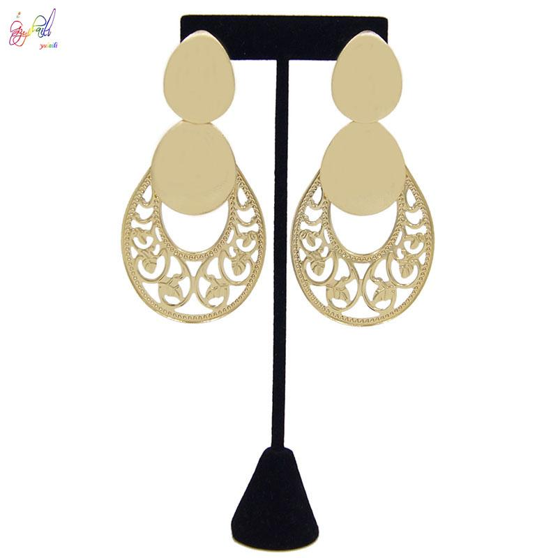 Yulaili Fashion Statement Boucles d'oreilles Big géométrique Boucles d'oreilles pour les femmes Hanging Dangle Boucles d'oreilles Bijoux modernes Livraison gratuite