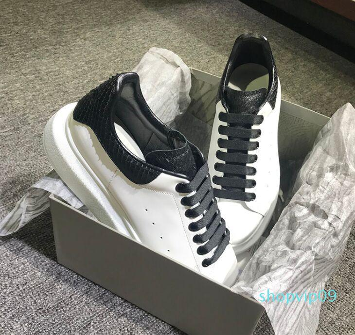 2019 Men Women Sneakers Casual Leather Shoes Snakeskin Casual Shoes Lace Designer Comfort Pretty Men Womens Sneakers Extremely Durable c1