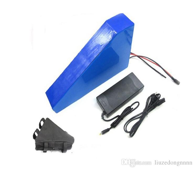 Батарея свободной таможенной пошлины 1000W 51.8V 20AH Треугольник 52V 20AH литий-ионный аккумулятор батарея 51.8V Ebike с 30A BMS 58.8V 2A зарядное устройство