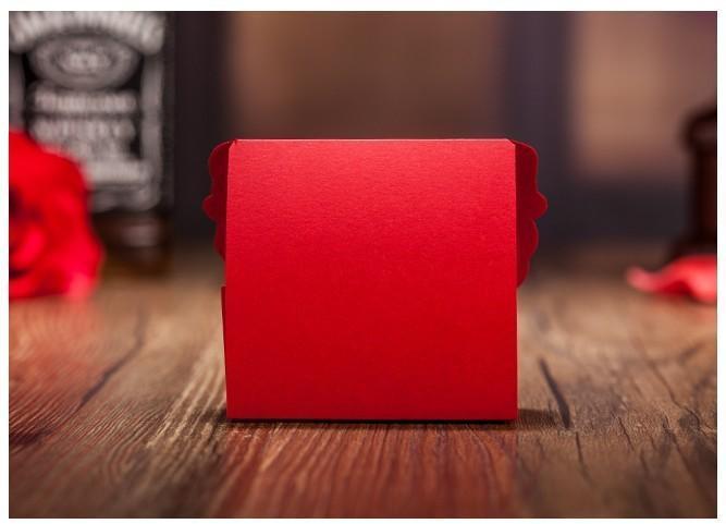 عرس فراشة رخيص صندوق حلوى ذهبية صندوق ورق صندوق هدايا للحفلة