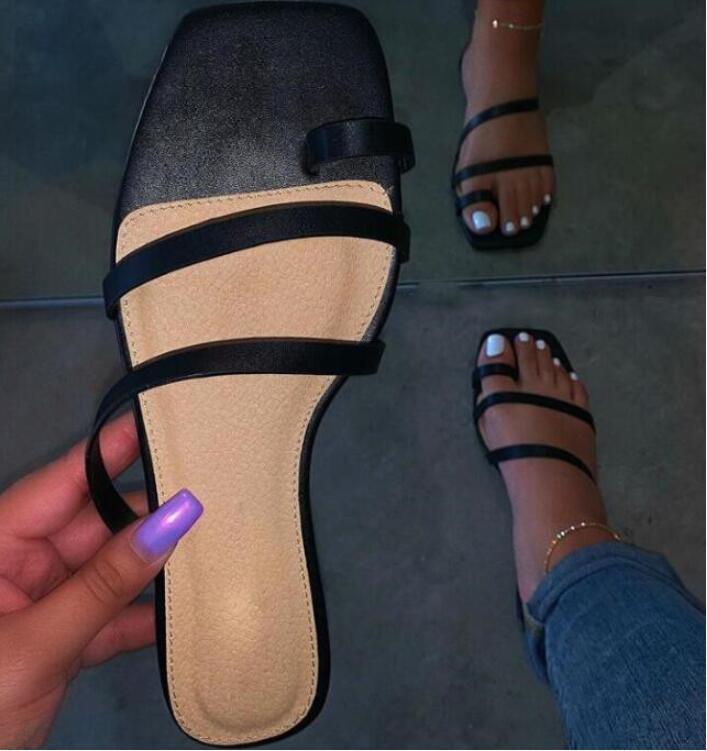 Primavera / estate nuova women2020 piatta antiscivolo croce pantofole bendaggio sandali delle signore di modo di svago all'aria aperta in pelle selvatici infradito