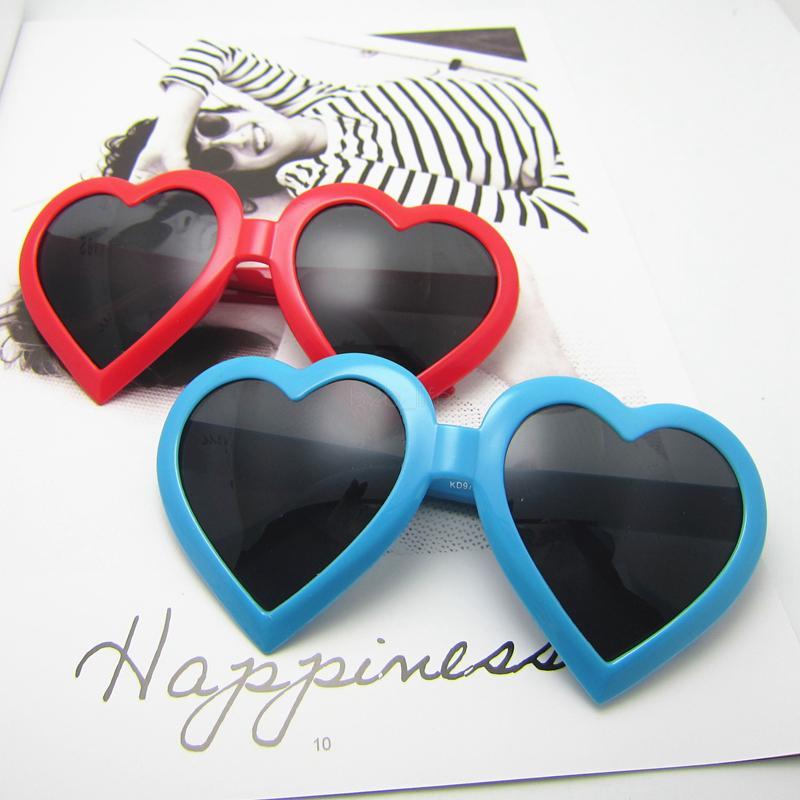 Uomo Donna cuore della spiaggia di estate Occhiali da sole UV di protezione di sport esterno retro occhiali da sole vintage full frame occhiali LJJA-2490