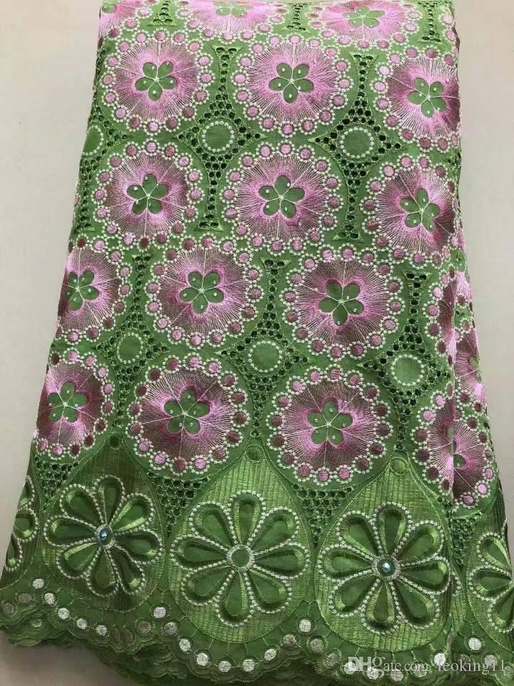 5 yardas Hermosa tela de algodón africano de diseño floral verde y rosa y bordado de encaje de gasa suizo de diamantes de imitación para el vestido LC11-7