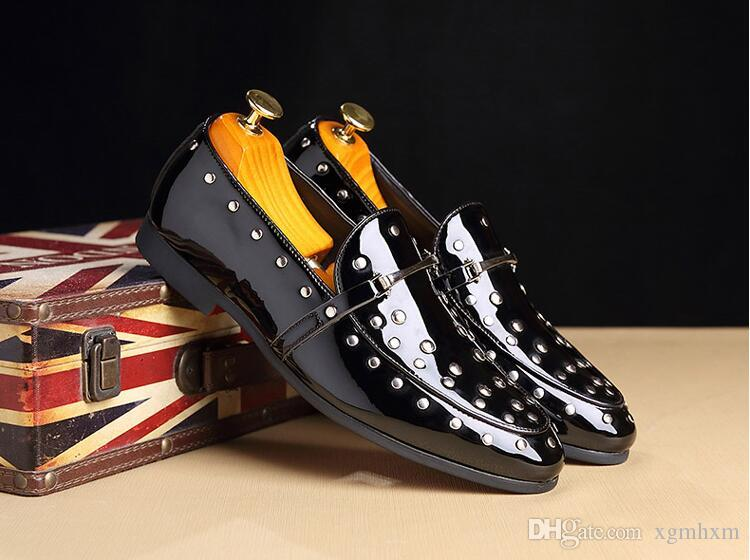 Lackleder Schuhe für Männer formale Schuhe Männer klassische Coiffeur italienische Müßiggänger Männer Party Hochzeit Kleid Schuhe dha07