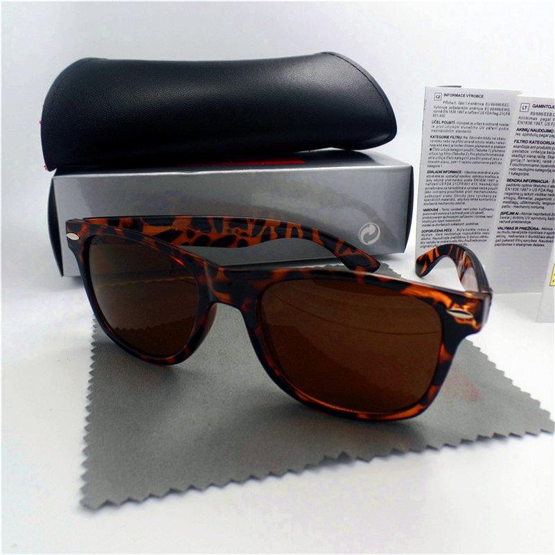 Marque de qualité de luxe avec hommes lunettes UV lunettes Sun Sport Vintage Vintage Protection extérieure et lunettes de soleil rétro Femmes Box Cas design 68 RMWN