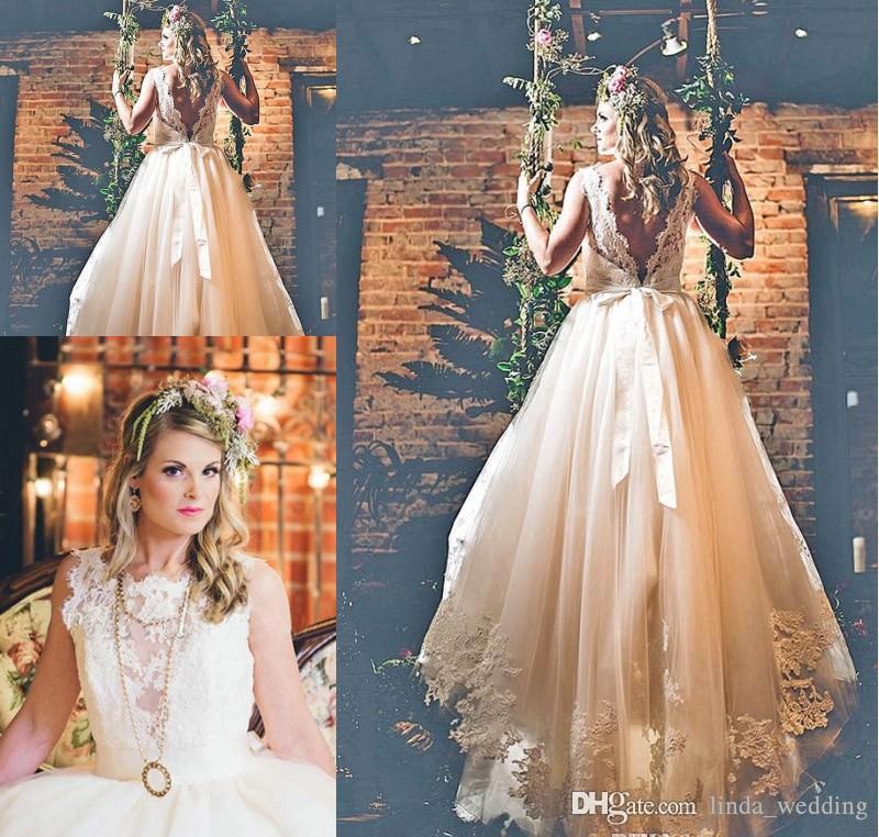 2019 Dubai Árabe Vestido de Casamento Simples A Linha Rendas Apliques de Tule Backless País Jardim Noiva Vestido De Noiva Custom Made Plus Size